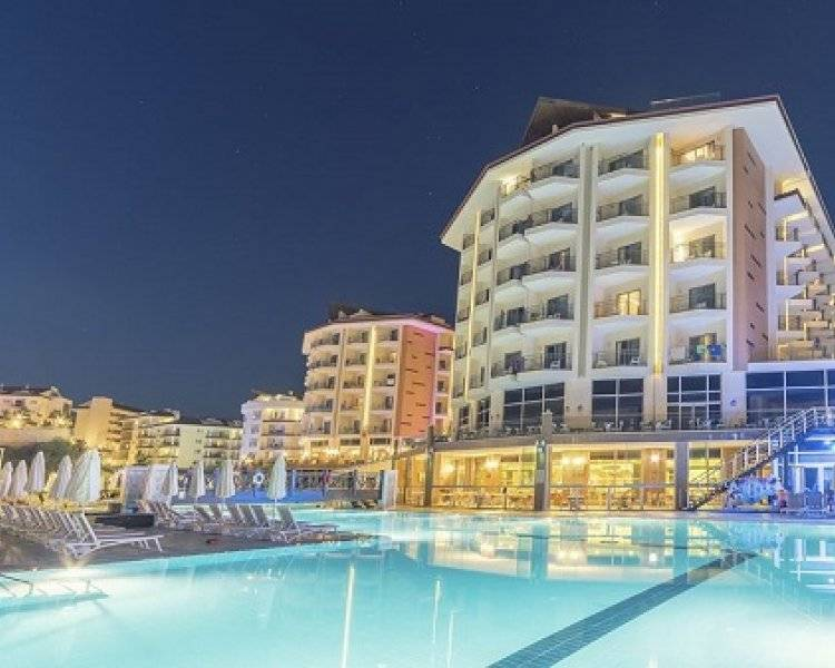 Ramada Resort Kusadasi & Golf 5* AI